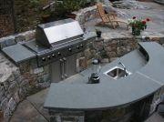 Outdoor kitchens.......bar & kitchen!
