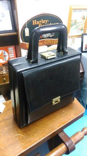 Vintage leather handbag , 40 euro
