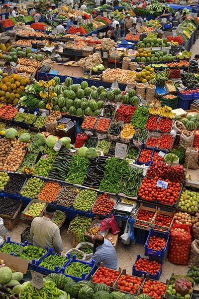 Photo by James Lidgett: The main fruit market in Konya, Turkey