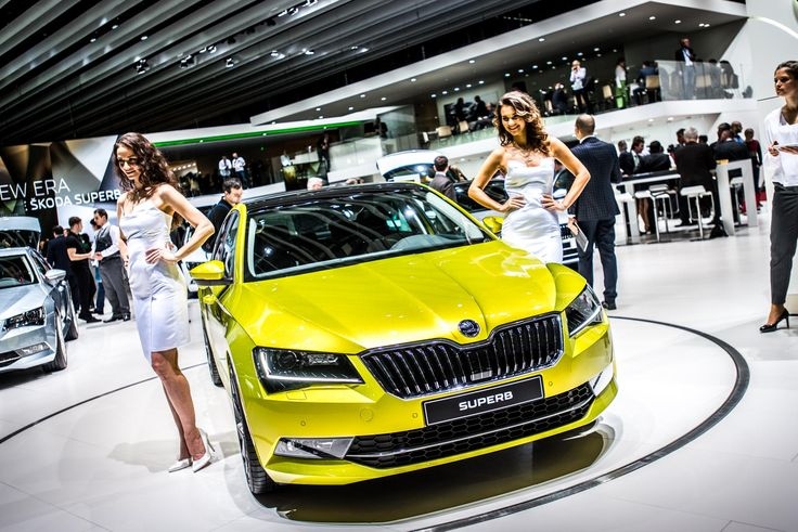 The new ŠKODA Superb is also convincing thanks to a real explosion of innovative features.  With a variety of assistance systems for improved safety, comfort and connectivity, the top model reaches new dimensions in terms of technology #newskodasuperb #skoda #superb #genevamotorshow #geneva2015
