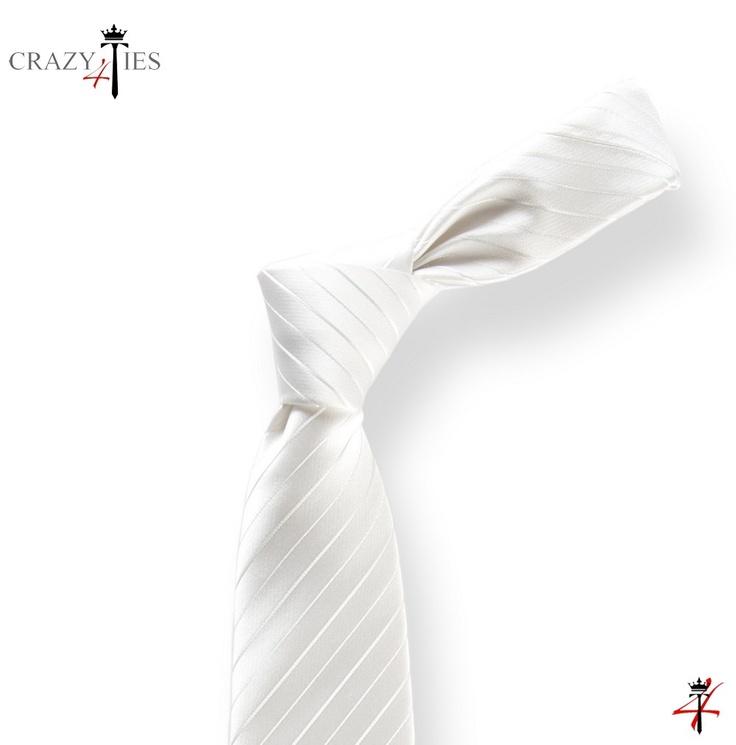 Particolare Nodo Cravatta in Seta Bianca Rigata da Cerimonia Tinta in Filo