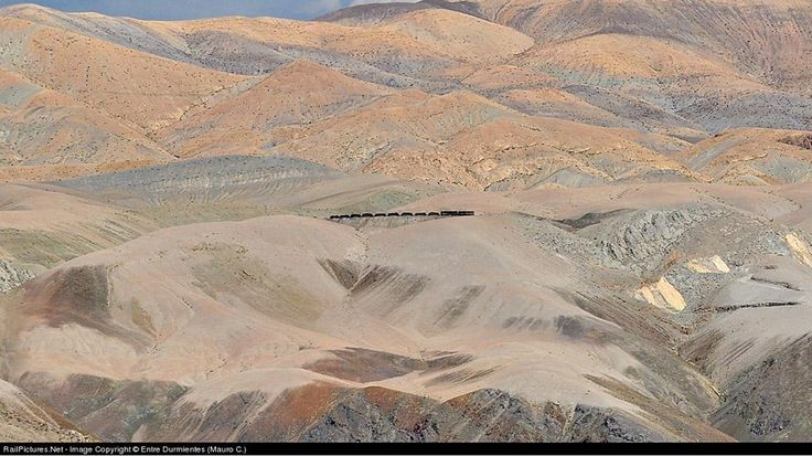 Most Stunning Railway in the World (PHOTOS)