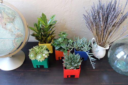 Floppy disk planters DIY.