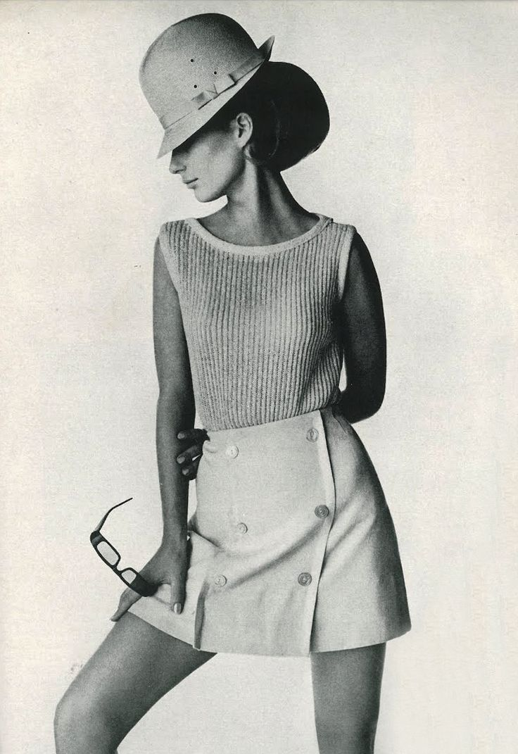 """Scooter skirts""--wore these to school. Photo by Irving Penn, 1965.- I would wear today - stuck in the 60s?"