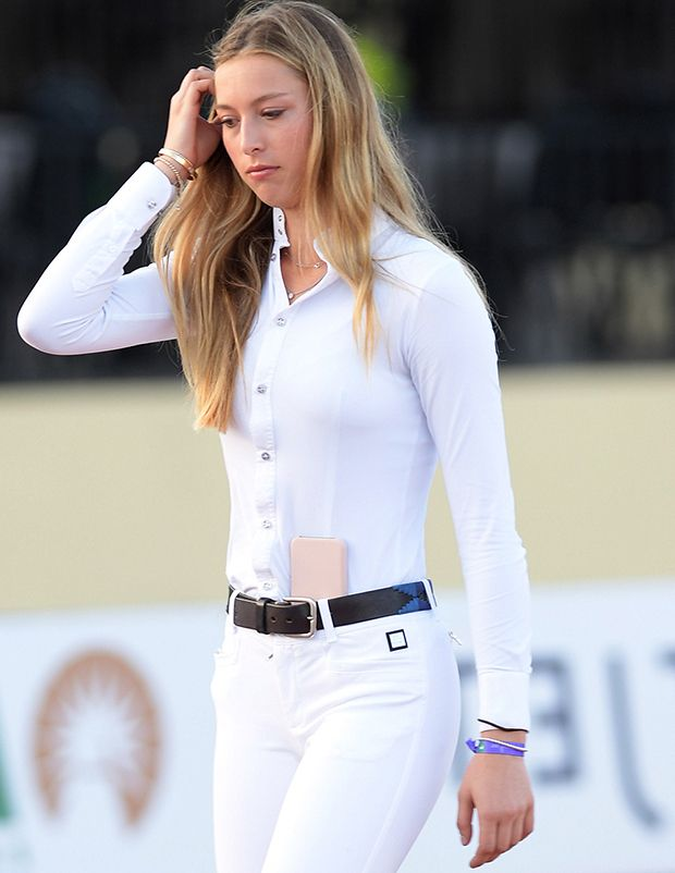 Who Is Eve Jobs 5 Things About The Heiress Daughter Of Steve Jobs Hollywood Life Jobs Daughters Laurene Powell Jobs Fashion