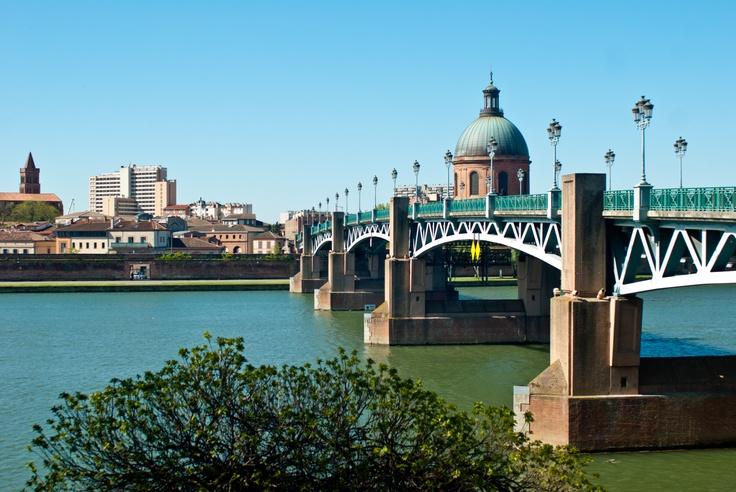 Pont Saint Pierre, Toulouse, France
