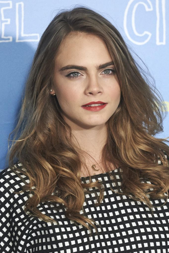 """Actress Cara Delevingne attends the """"Paper Towns"""" (Ciudades de Papel) photocall on June 15, 2015 in Madrid, Spain."""