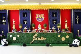 Resultado de imagem para aniversario tema futebol decoração barcelona