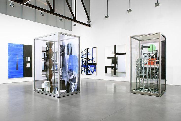 Acrylic Fabrication & Cutting | ExhibitCNC
