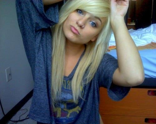 This is Eminems daughter Hailie