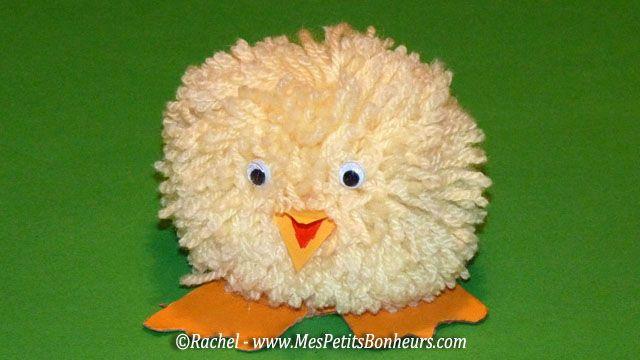 Pom Pom Easter Chick Craft by Rachel - Mes Petits Bonheurs