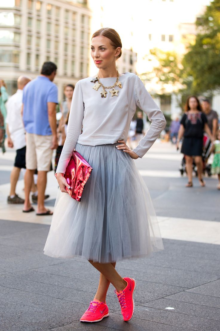 tulle skirt and sneakers i'd wear this every day... :-)