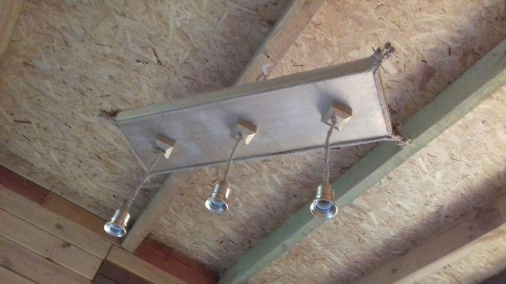 Lampa koszt   270 pln