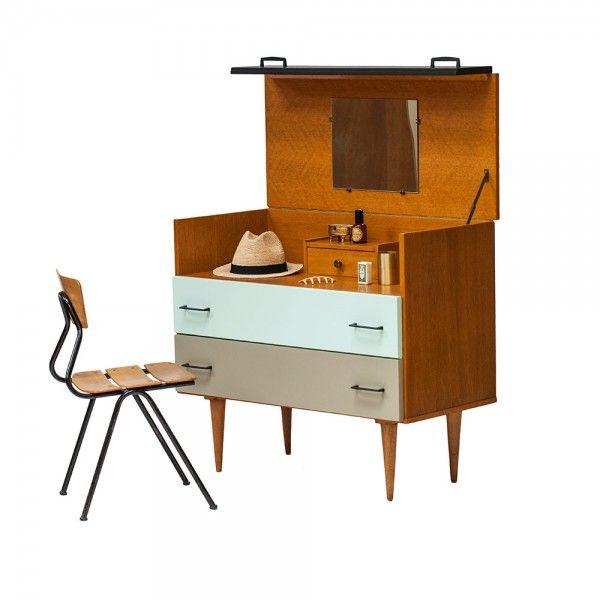 1000 id es sur le th me coiffeuse enfant sur pinterest coiffeuse pour enfant coiffeuse fille. Black Bedroom Furniture Sets. Home Design Ideas