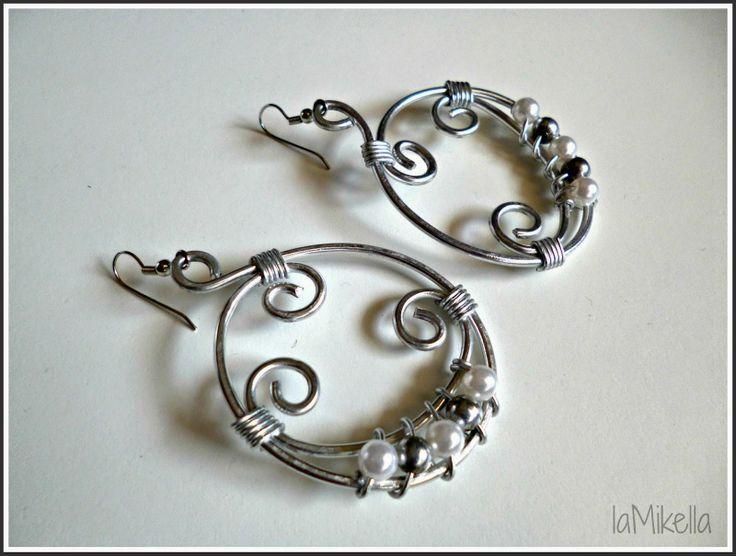 Orecchini in alluminio - tecnica wire