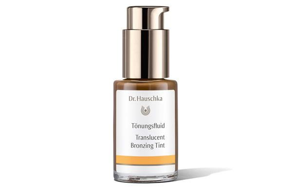 We've tried the Dr. Hauschka Translucent Bronzing Tint and love how bronzed and glowy it makes our skin.