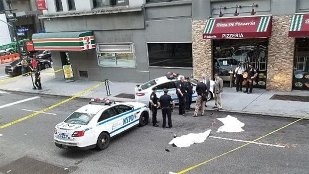 First Photo Of Manhattan Man Who Leapt To His Death With Wife Released https://tmbw.news/first-photo-of-manhattan-man-who-leapt-to-his-death-with-wife-released  The name Glenn Scarpelli made front page news on July 28 after he leapt to his death from a NYC office building. Now, a photo of the chiropractor who left his two children behind has been released.This picture may be difficult to look at. Glenn Scarpelli's tragic suicidemade front page news on July 28 after he and his wife Patricia…