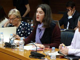 Les Corts aprueban una propuesta de Podemos que reclama mecanismos de control para que los ayuntamientos no puedan adjudicar uniformes de la policía local distintos a los de la normativa sin la correspondiente solicitud