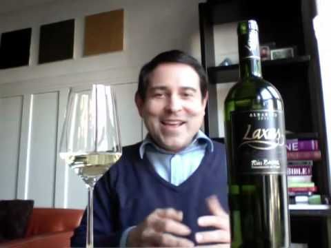 Laxas Rias Baixas Albariño - 2009 - 9.1 - James Meléndez / James the Wine Guy   Bodegas Laxas  http://www.bodegasaslaxas.com/    ***    ¡Salud!    James the Wine Guy  http://www.jamesthewineguy.com    ***    A plethora of wine reviews from wines regions around the world.    Read more of my wine reviews:    jamesthewineguy.wordpress.com © 2012 James Meléndez / Jaime Patricio Meléndez — All Rights Reserved. James the Wine Guy also on Faceboo...