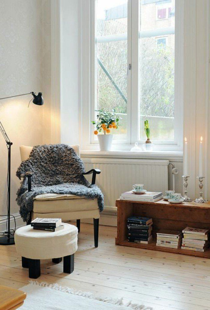 fauteuil relax pas cher avec un sol en parquette clair