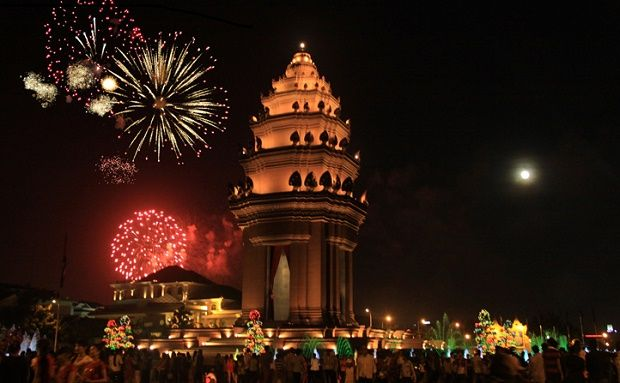 New Years Eve 2017 In Phnom Penh New Years Eve 2017 Phnom Penh New Year S Eve 2020