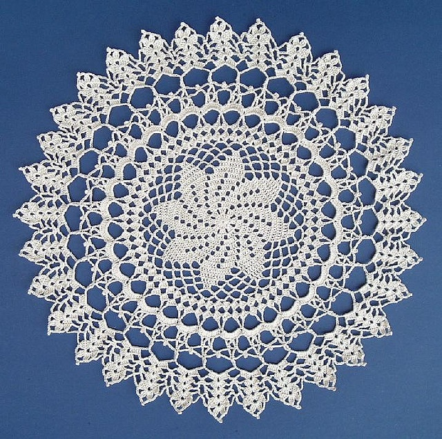French Spiral Doily by Crochet LouT, via Flickr