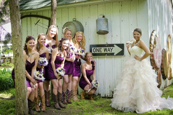 Southern Vintage Wedding Attire