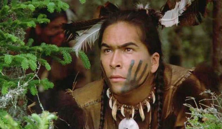 Actor Eric Schweig: Canadian actor known for his role as ...