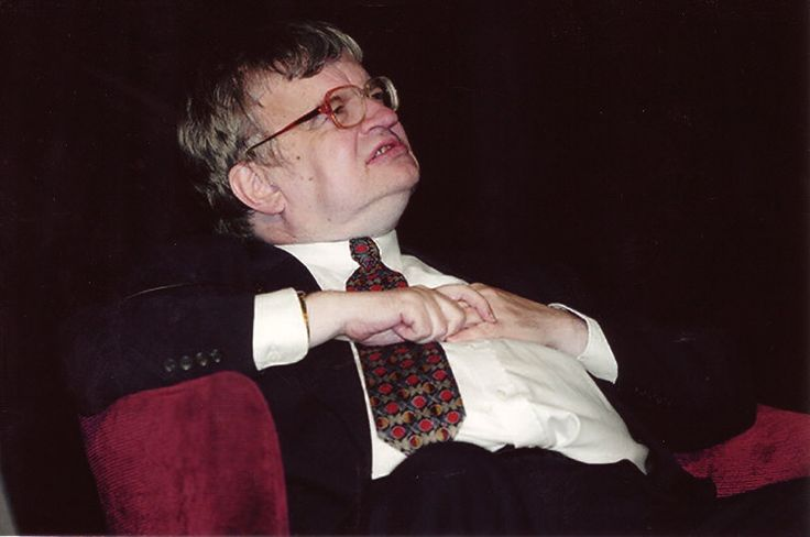Real-life superhuman (Savant Syndrome): Kim Peek - The Real Rain Man. He remembered about 98% of everything he read and memorized approximately 12,000 books in his lifetime (wisconsinmedicalsociety.org, 2005-09)