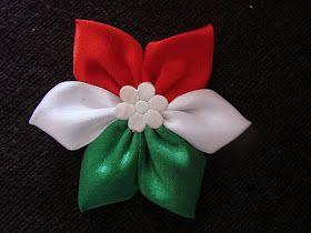 Idén sem szokványos kokárdám lesz. Most kanzashi virág mintájára készítettem magamnak kokárdát. Nekem tetszik, mert különleges, de mégis...