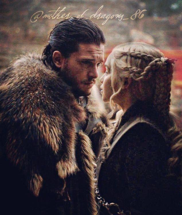 """14 kedvelés, 1 hozzászólás – Jonerys addict / GoT edits (@mother_of_dragons_86) Instagram-hozzászólása: """" just hold me close... #jonsnowanddaenerys #jonerysedit #gameofthronesedit #gameofthrones #got…"""""""