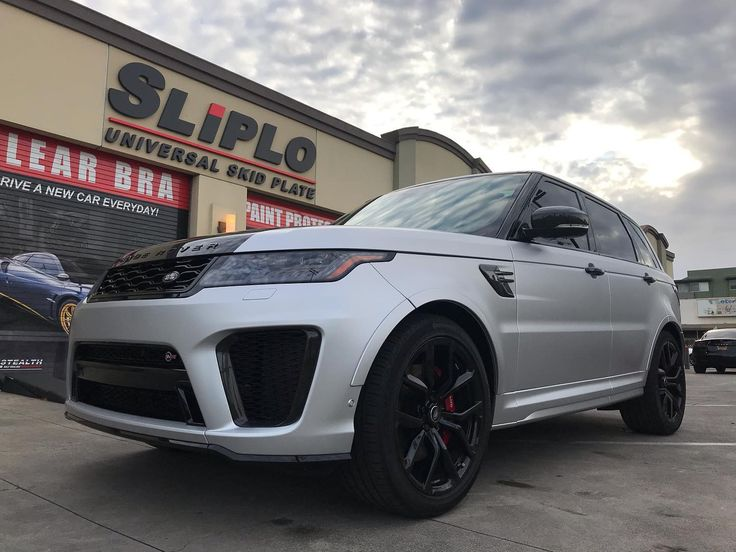 Full color conversion in this 2020 Range Rover Sport SVR