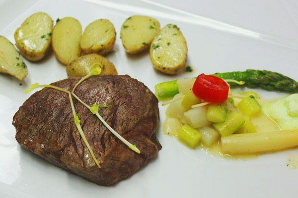 Kalbin Steak #dryaged #travelblog #reisen #genuß @zumsennerzillertal
