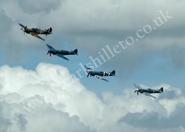 Author Carl Shilleto sent us one of his Spitfire pics - lovely. Thanks.