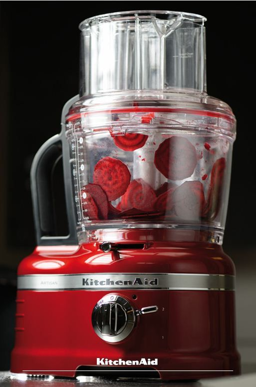 Our mighty Artisan Food Processor can do almost anything from slicing, dicing, grating, juicing citrus fruit and even mixing pastry for your quiche! A great companion in the kitchen! Much love KitchenAid Africa xx