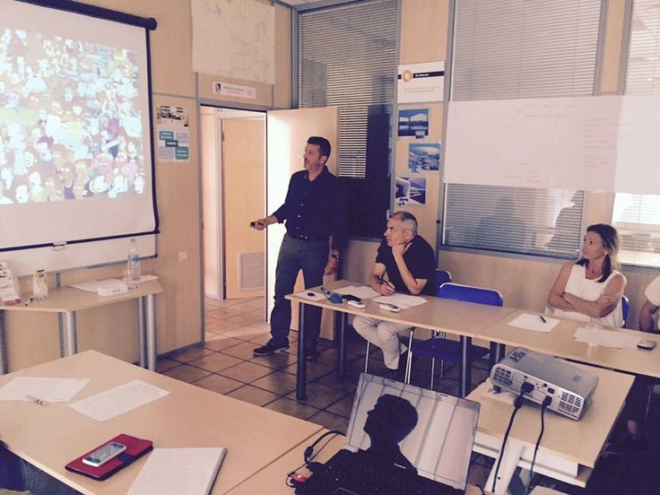 Conferencia-taller #8Tendencias con @Javier Sastre en Espacio Sinergio