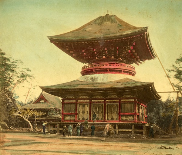 Felix Beato - Japanese Temple