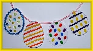 Easter eggsCrafts For Kids, Eggs Garlands, Crafts Art, Easter Crafts, Kids Crafts, Crafts Projects, Arts And Crafts, Easter Eggs, Crafts Kits