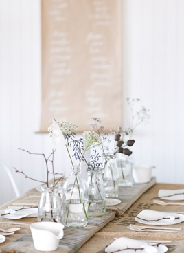 simple natural table setting//