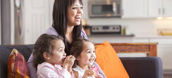 Μην αφήνετε τα παιδιά σας να βλέπουν ό,τι κι ό,τι στην τηλεόραση. Βάλτε τα να δουν αυτές τις βραβευμένες παιδικές ταινίες μικρού μήκους που θα λατρέψετε και εσείς!