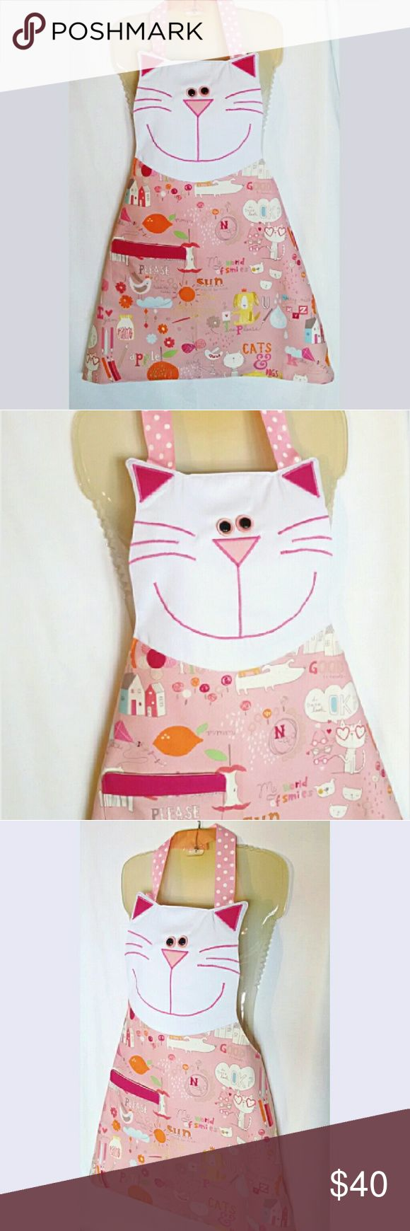 """Adorable Kitty 😻 CAT LOVER Apron BRAND NEW - HANDMADE APRON Are you a cat lover who loves to cook or bake? Do you know someone who wants to show their feline fever & dress cute while pet grooming, cutting people hair or waitressing. This is the Purrrrrfect apron for cat lovers! Get it for yourself or as a gift. """"Meowy Christmas!"""" Made of thick durable 100 % Duck Cotton Fully Lined with Pocket Spray with Scotchgard for easier clean up and resistant to stains! One Size Fits Most Length: 28""""…"""