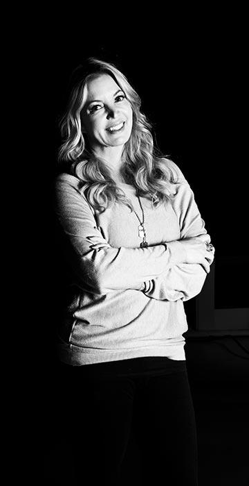 augustca.com - profile - Jeanie Buss EVP Los Angeles Lakers, Inc