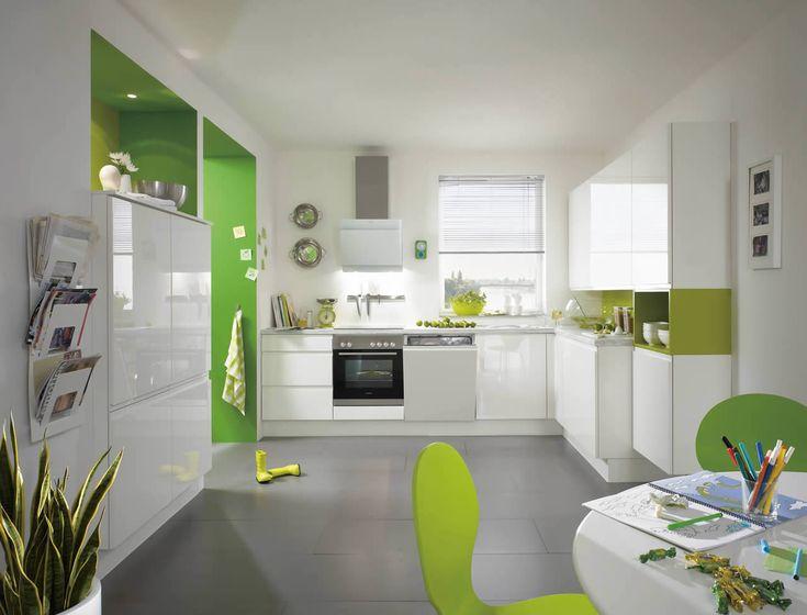 Vintage Pura Lacquer white high gloss Palazzo Kitchens u Appliances nobilia K chen kitchens