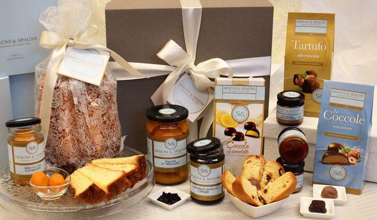Discover Something Good Gift Basket a range of #sweet #delicacies, #fruitjams #chocolate #italiancake https://goo.gl/5eG67A
