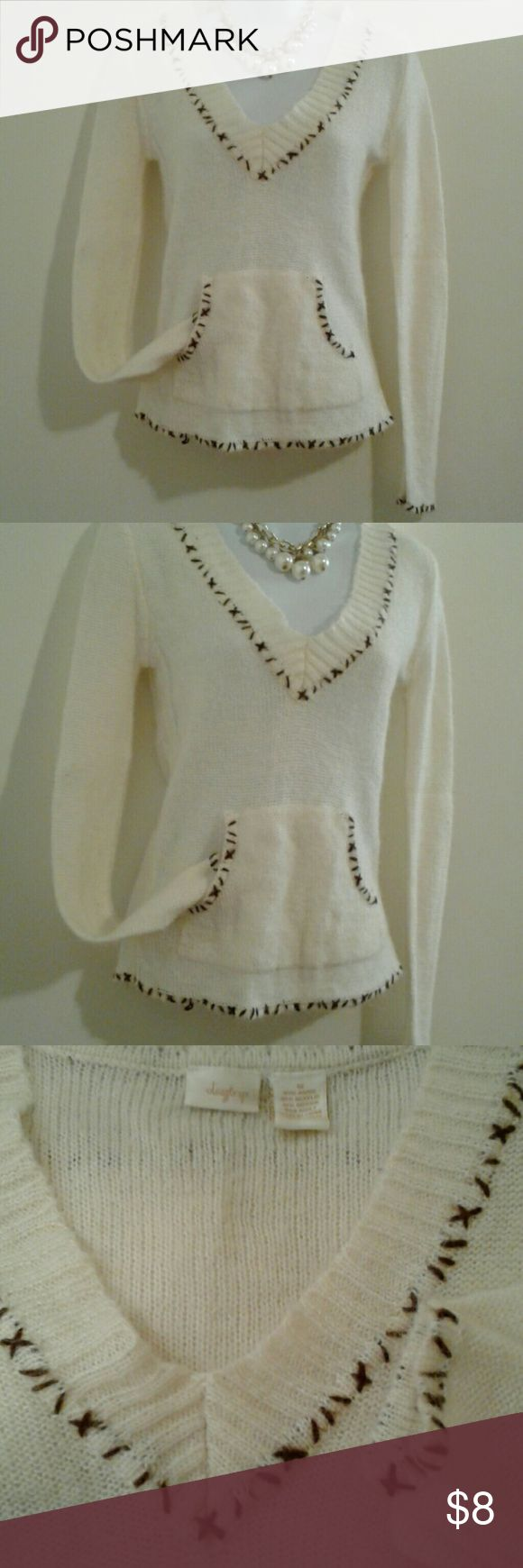 """Cream Stitched VNeck Sweater Excellent condition  55% ramie-30% acrylic-15% mohair  Measures: 16"""" (arm pit to arm pit) Length: 23"""" (shoulder to bottom hem) Daytrip Sweaters V-Necks"""