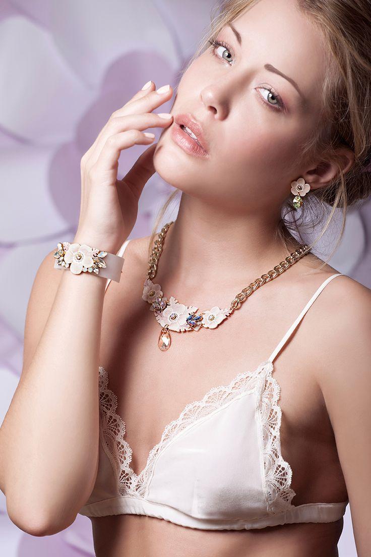 Luli Art Bijoux Summer 2015 campaign is now online on luliartbijoux.com Jewelry: LULI Art Bijoux Photo: Salvatore Incoronato Make Up: Lorena Palmieri Model: Linnea Klimgvall Styling: Viviana Mori #luliartbijoux #floral #jewelry #campaign #adv #model #romantic #photoshooting