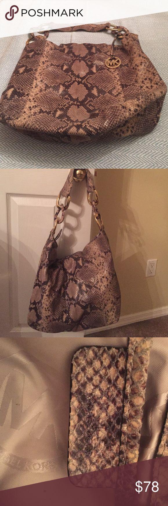 Michael Kors Summer Bag Price Reduction Michael Kors Bag lightly used great Condition Michael Kors Bags Satchels