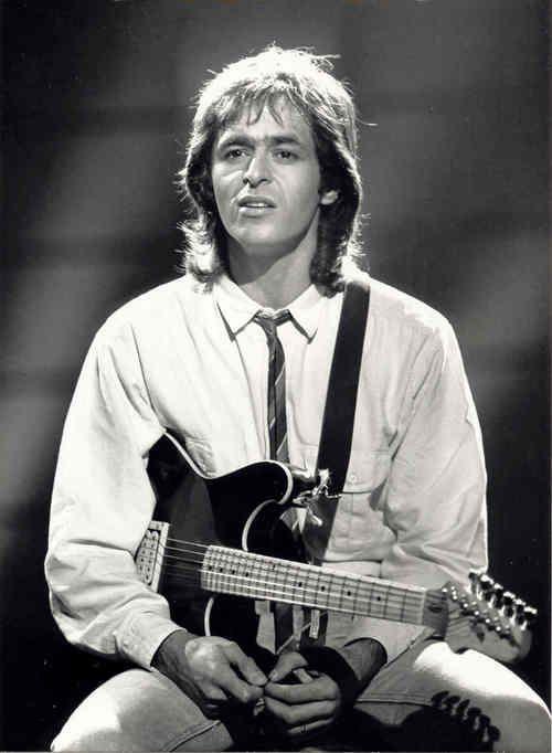 Jean-Jacques Goldman, c'est toi qui m'a donné envie d'apprendre la guitare... merci