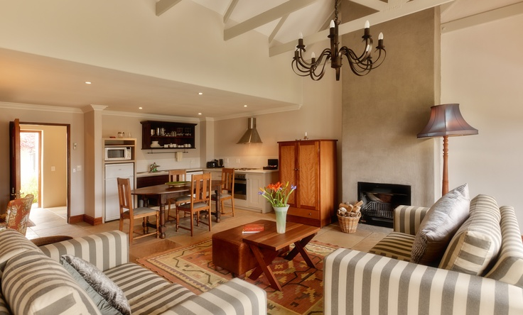 Kleine Zalze Lodge - Chardonnay Room Lounge
