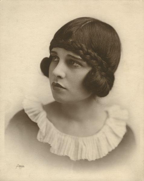 Anita Loos by Apeda, mid 1910s